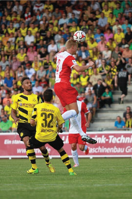 LifeVest Patient Steffen Friedrich playing football